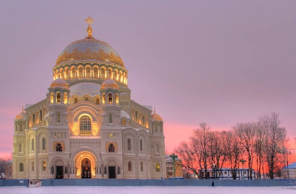 Winter has arrived in St. Petersburg. The Naval Cathedral of Saint Nicholas in Kronstadt is the main shrine of the Russian Navy. The cathedral was founded in 1902 by decree of Emperor Nicholas II in honor of the 200th anniversary of the Russian Navy. It was initially consecrated in 1913, but in 1929 it was closed and desecrated.  Earlier this year, on the day of its 100th anniversary, the Naval Cathedral of Saint Nicholas in Kronstadt on the Baltic Sea reopened its doors.