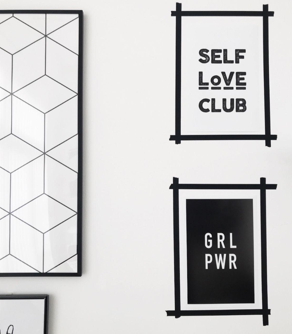 Elegant Badspiegel Mit Led Beleuchtung Spiegel Kaltweiss Energiesparend Led Badezimmer Wandspiegel Badezimmerspiegel Dora 40 X 60 Cm Amazon De Kuche Haushalt