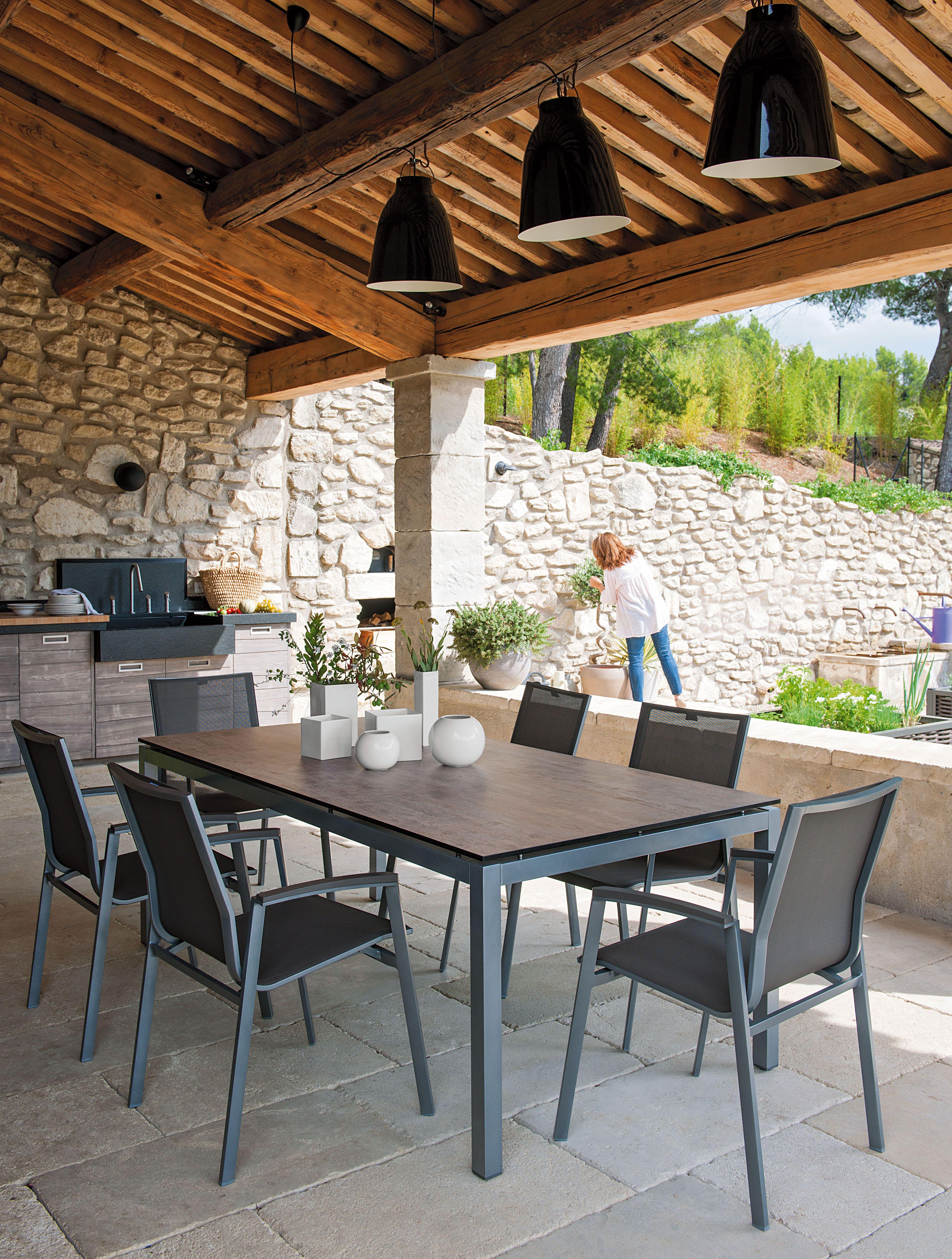 Composez Le Mobilier Qui Vous Ressemble Avec La Collection Stern Amenagement Terrasse Exterieur Terrasse Maison Deco Terrasse Exterieure