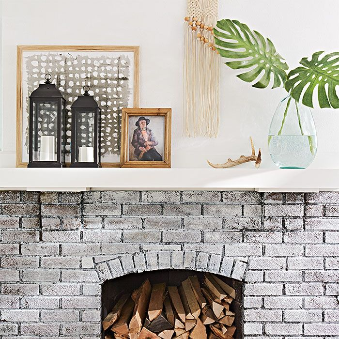 Decorating Fireplace Mantel With Lanterns - Interior design ideas