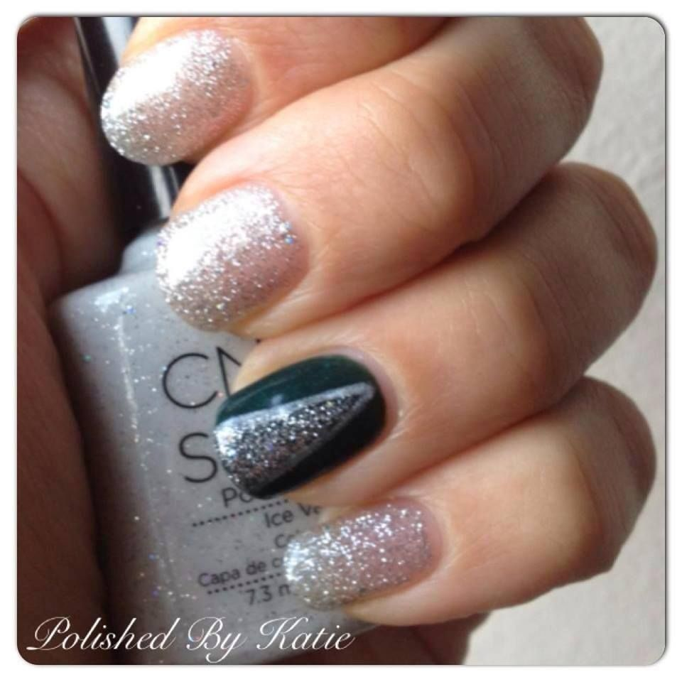 Christmas Nails Shellac: CND Shellac In 'Ice Vapor' And 'Serene Green' From The New