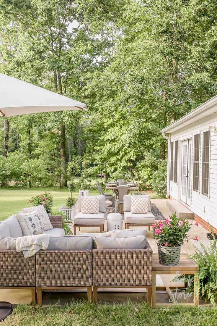 Beautiful Neutral Summer Patio Decorating Ideas And Tips Outdoor
