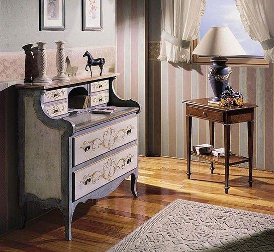 Mobili decorati decorazione di mobili decorati a mano for Mobili decorati