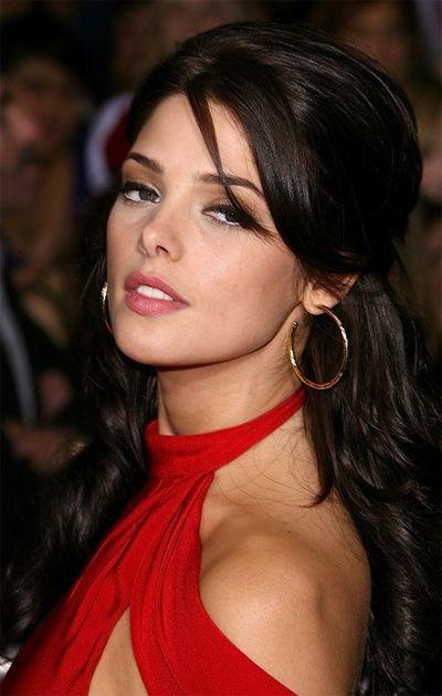 Ashley Greene Vampire In The Twilight Series Hollywood Heart