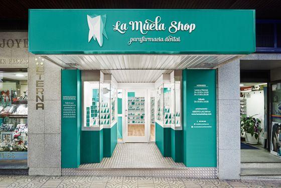 La Muela Shop Parafarmacia Dental Graphic Interior Design By