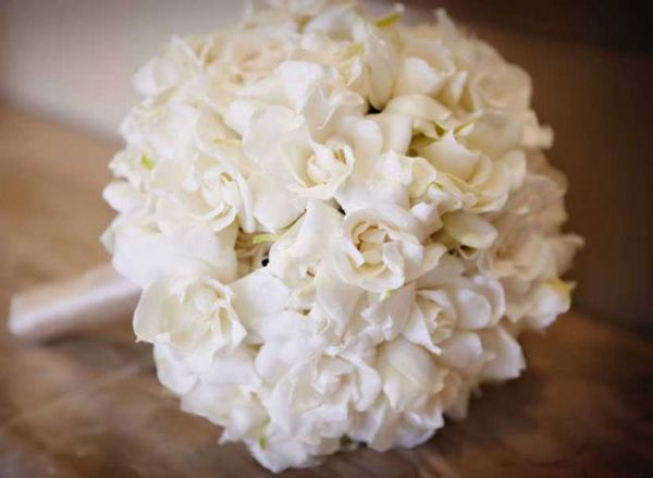 10 White Wedding Flowers Weddingelation Gardenia Bouquet Gardenia Wedding Gardenia Bridal Bouquet