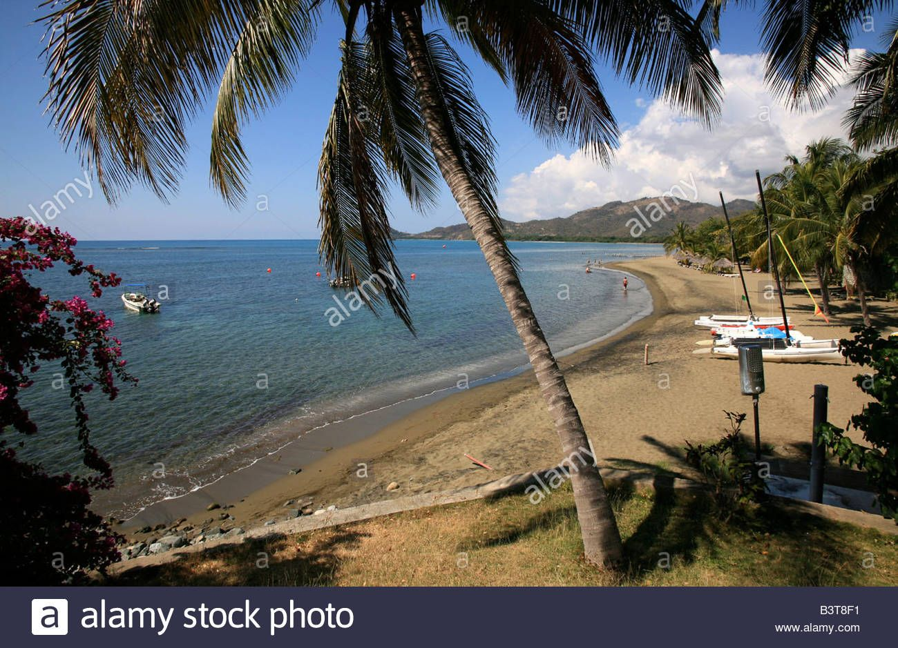 Download this stock image: Beach, Brisas Sierra Mar hotel, South Coast, Playa Las Coloradas, Cuba island, West Indies, Central America - B3T8F1 from Alamy's library of millions of high resolution stock photos, illustrations and vectors. #cubaisland