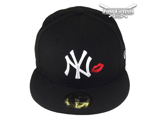 374b9786e28 New York Yankees Kiss 59Fifty Fitted Baseball Cap by NEW ERA x MLB ...