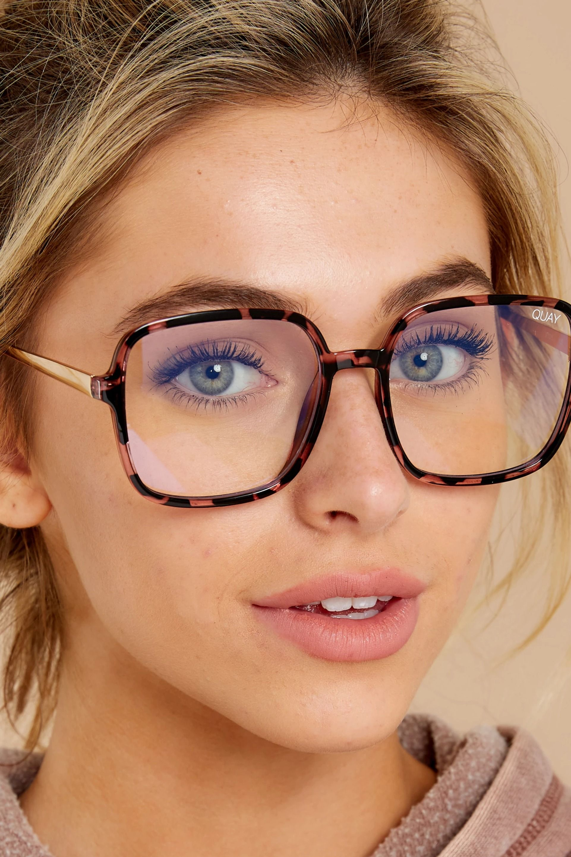 9 to 5 pink tortoise clear blue light glasses in 2020
