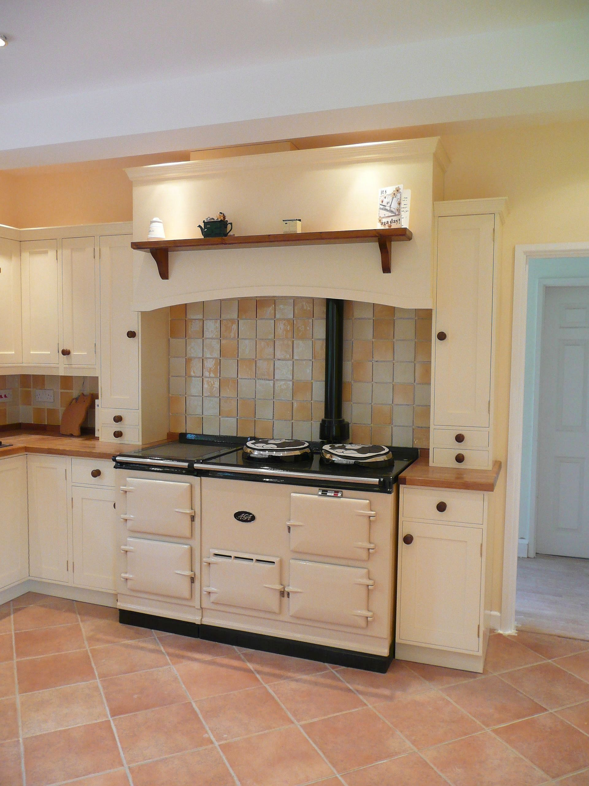 Bespoke kitchen aga kitchen handmade wooden kitchen8 i for Kitchen designs with aga cookers