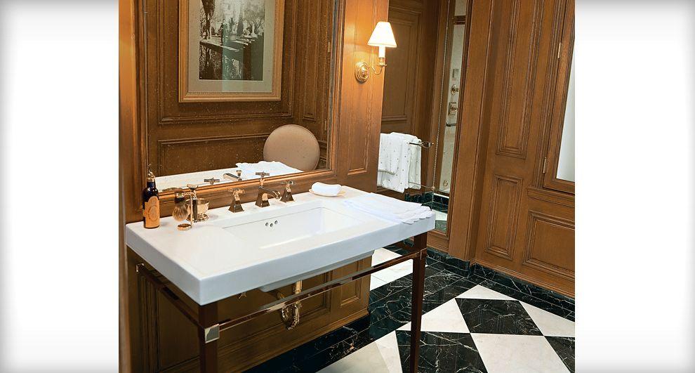 Kohler Le Bain Parc Monceau Design Center Galleries Kohler Design Center Kit Traditional Bathroom Traditional Bathroom Designs Bathroom Interior Design