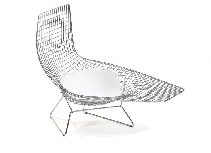 Asymmetric Chaise Wonder If This Is Comfortable Bertoia Modern Outdoor Chaise Lounges Modern Outdoor Chaise
