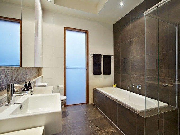 Revestimiento de paredes de ba o con azulejos ba os - Paredes para bano ...