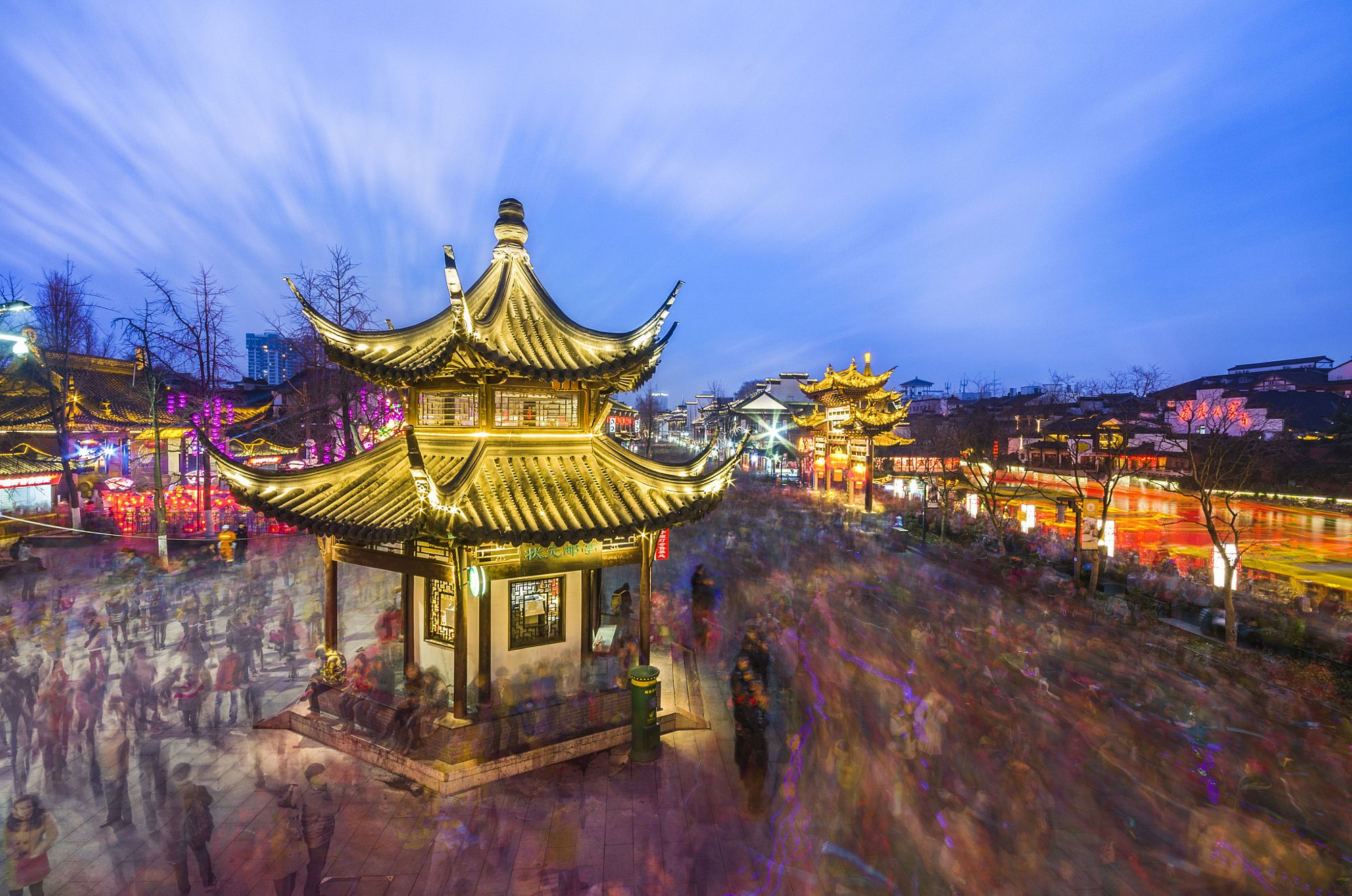 Every Chinese New Year,Nanjing Confucius Temple is a