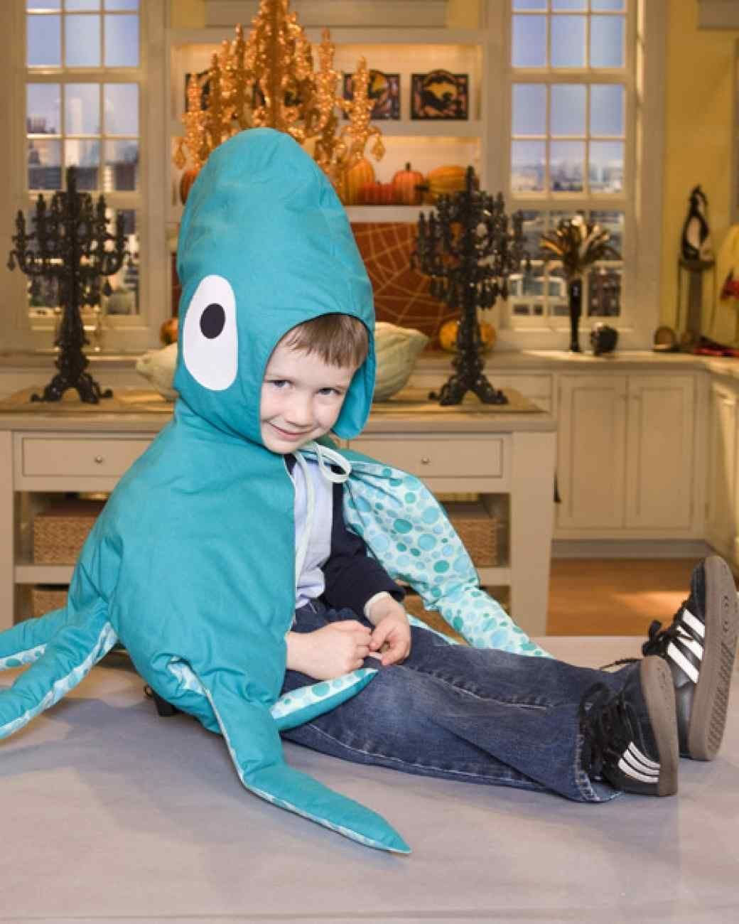 In House Crafter Aaron Caramanis Created This Homemade Octopus Costume A Fun Halloween Idea For Children Or Adults Spooky Alternative