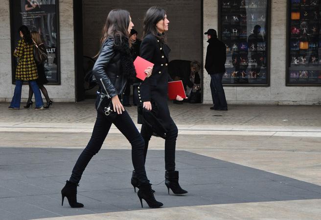 head to toe black, leather, military, skinnies, and booties via perfff