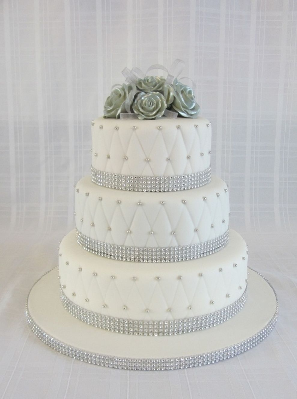 adorable green and silver wedding cakes cakes pinterest