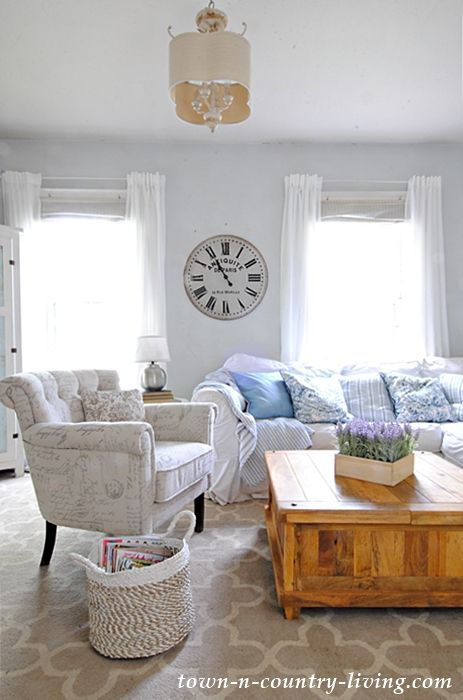 Summer Decorating Ideas: Home Tour 2017 | Farmhouse living rooms ...