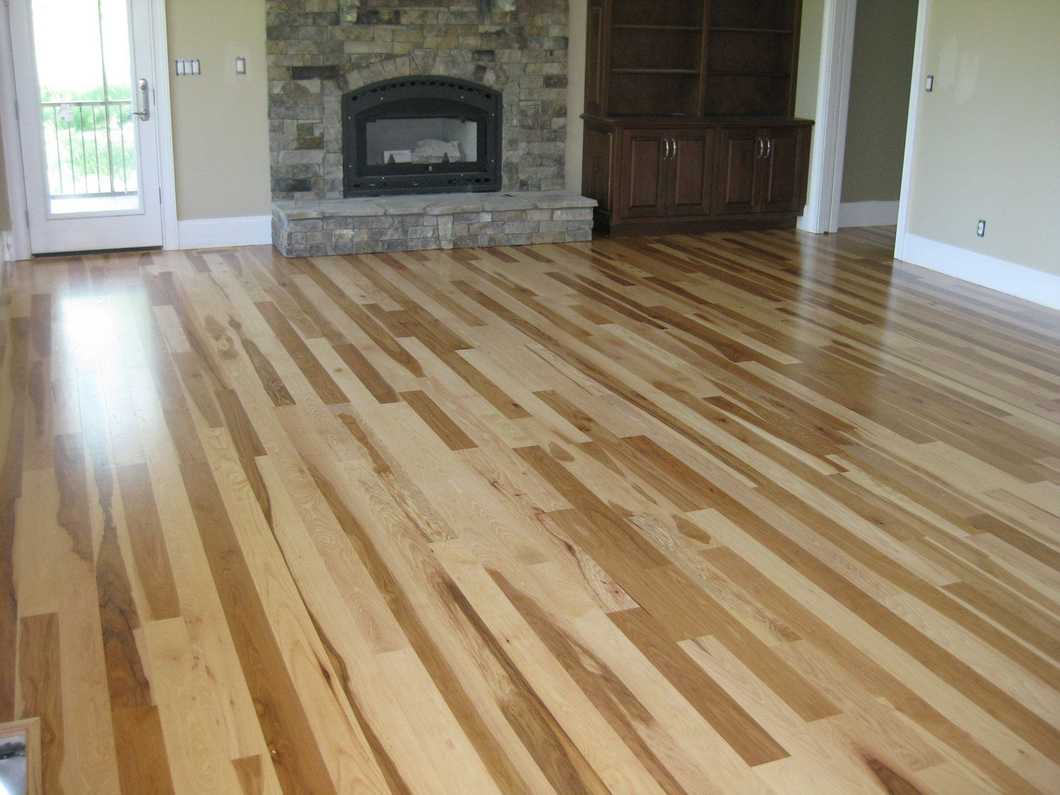 Dark Hardwood Floors Light Colored Knots, Calico Hickory Flooring la la living room Hickory