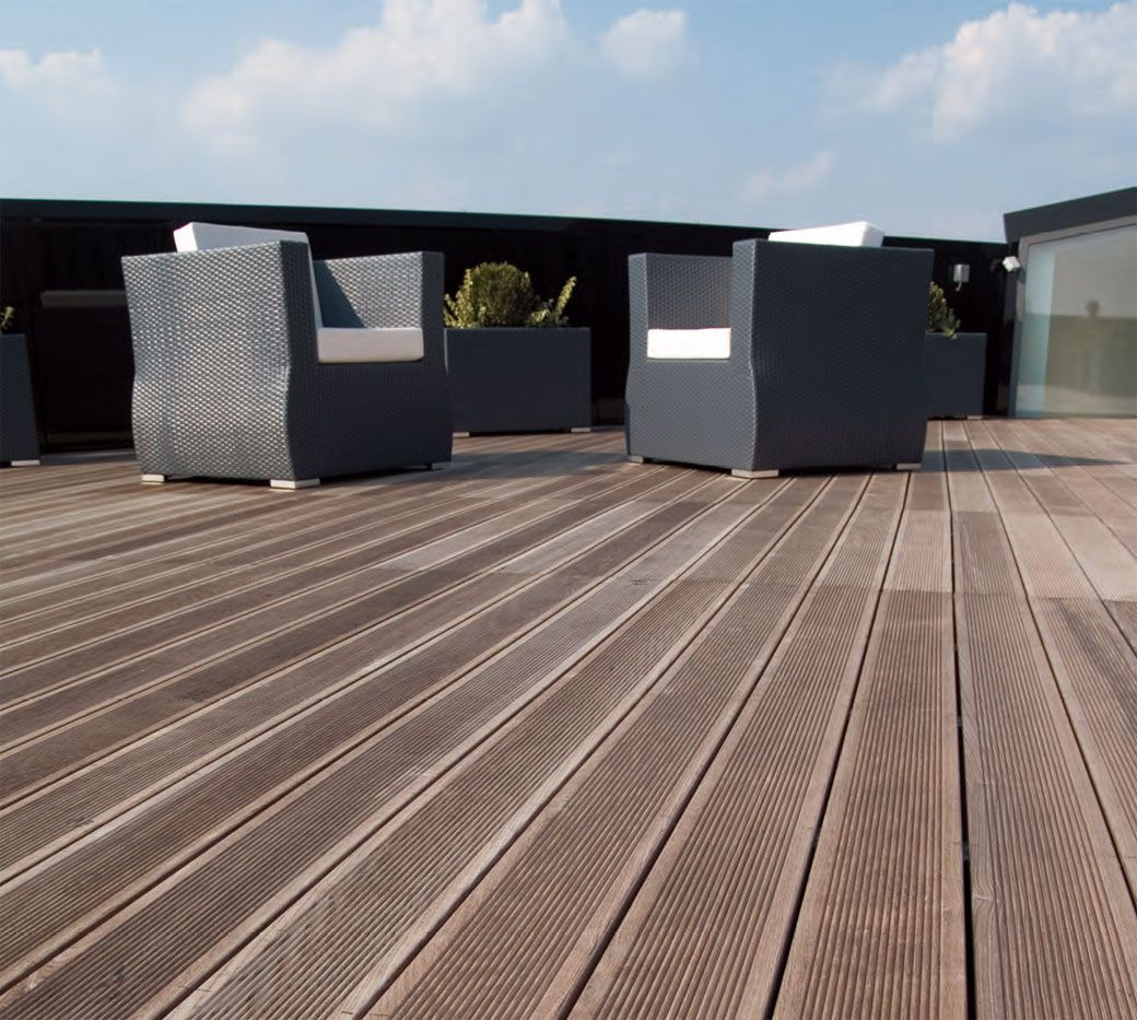 Recommended Joist Spacing For Diagonal Composite Deck House Plans With Rooftop Decks Outdoor Wood Flooring Deck Flooring Outdoor Flooring