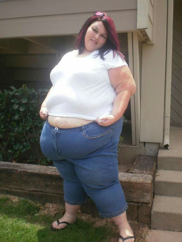 Ssbbw with delicious lovehandles