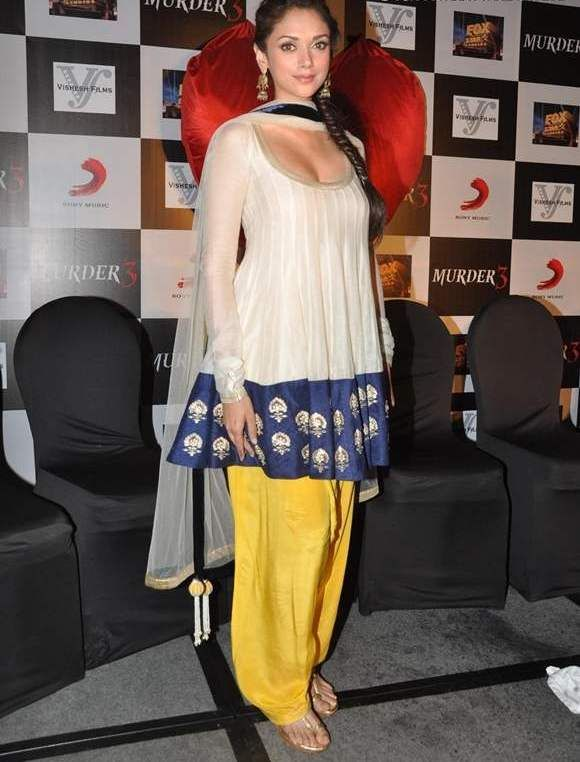 Aditi Rao Hydari In White Blue Yellow Anarkali Of Payal -6244