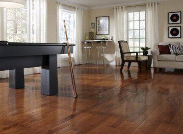 Dark Amp Gorgeous Sumatra Maple In A Fun Classy Room