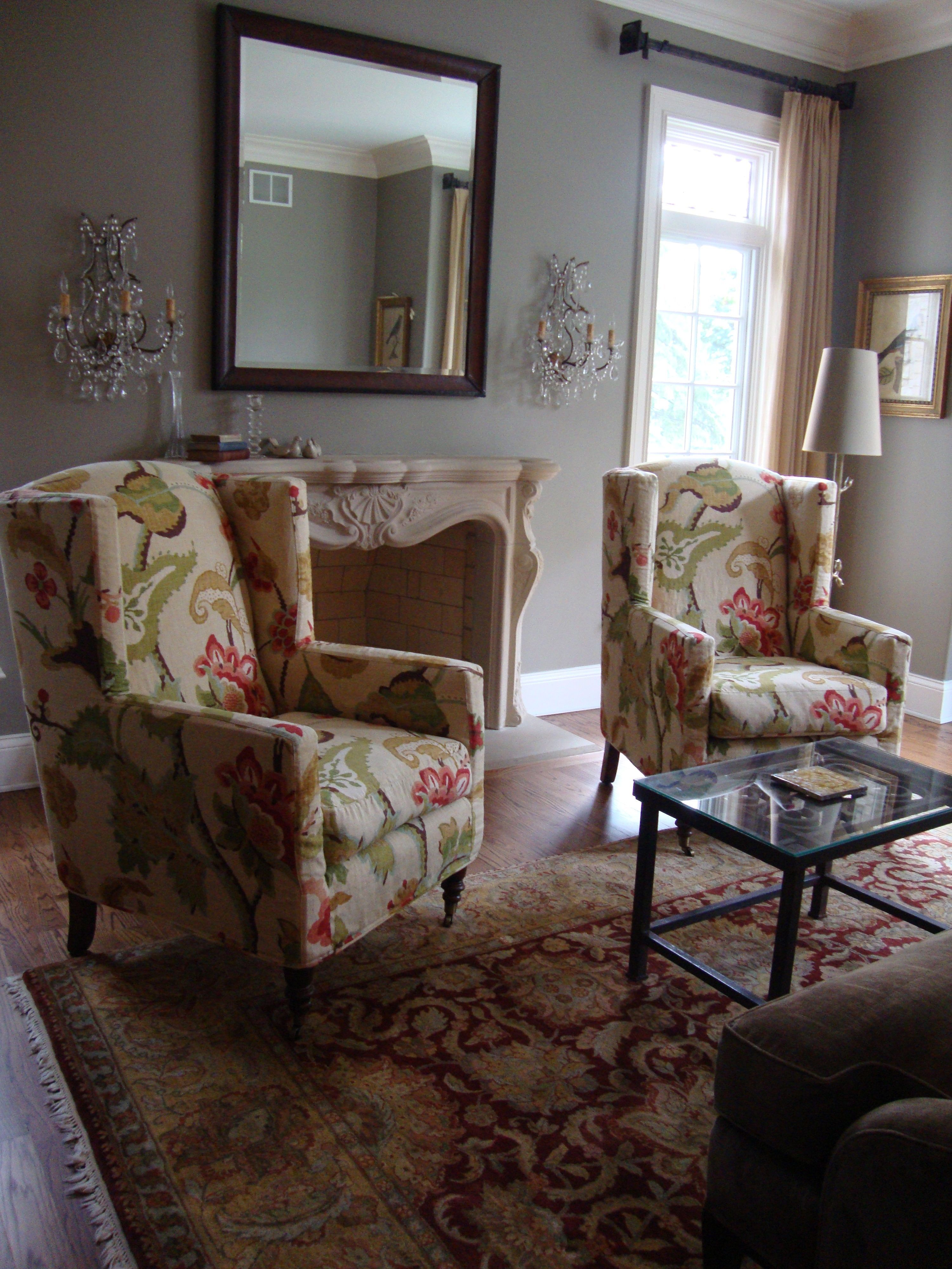 Admirable Quatrine Slipcovered Modern Wingback Chairs In A Bold Floral Gmtry Best Dining Table And Chair Ideas Images Gmtryco
