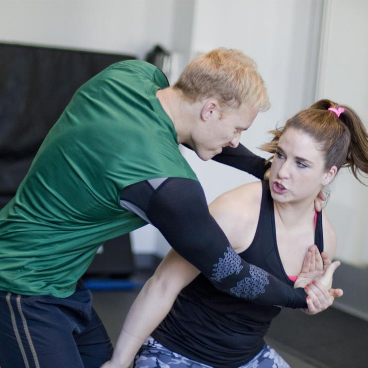 5 simple selfdefense moves every woman should know self