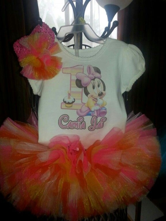 Happy First Birthday customized tutu set for your princesses big day! By: Danika Vaughn