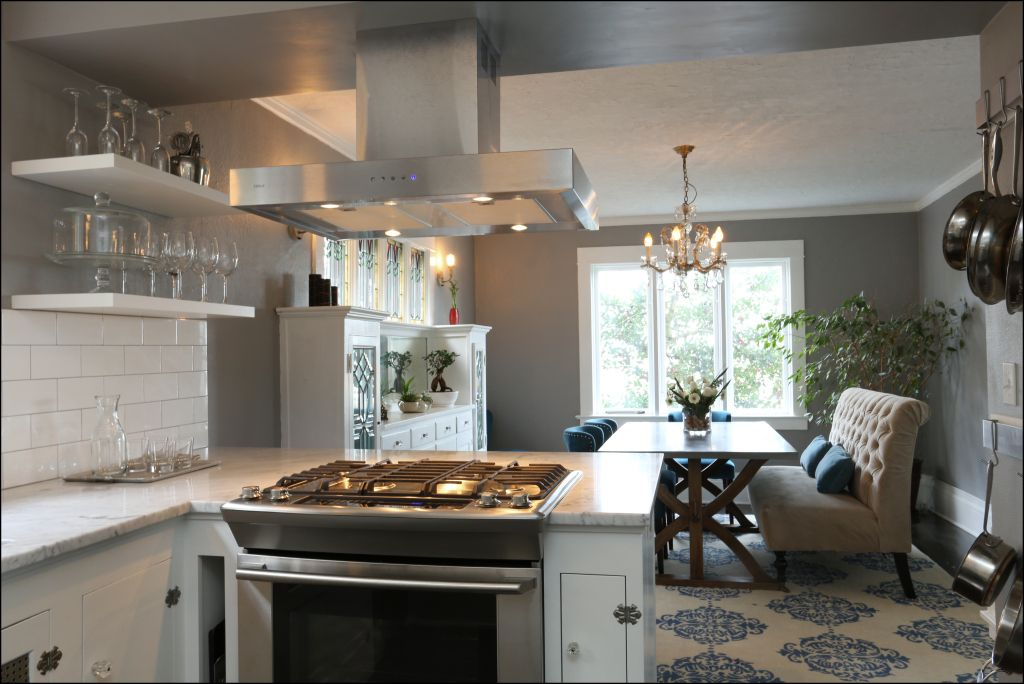 Stove In A Peninsula Google Search Kitchen Remodel Small