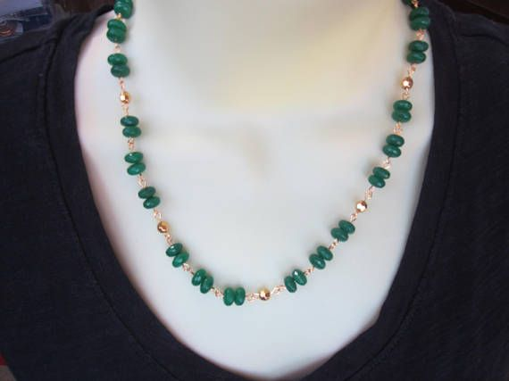 Fine Jewelry Imported From Abroad High Quality Fine Jewelry Green Agate Chalcedony Fine Jewelry Natural Stone Necklace Jade Boutique Pendant Necklace Beads Beads