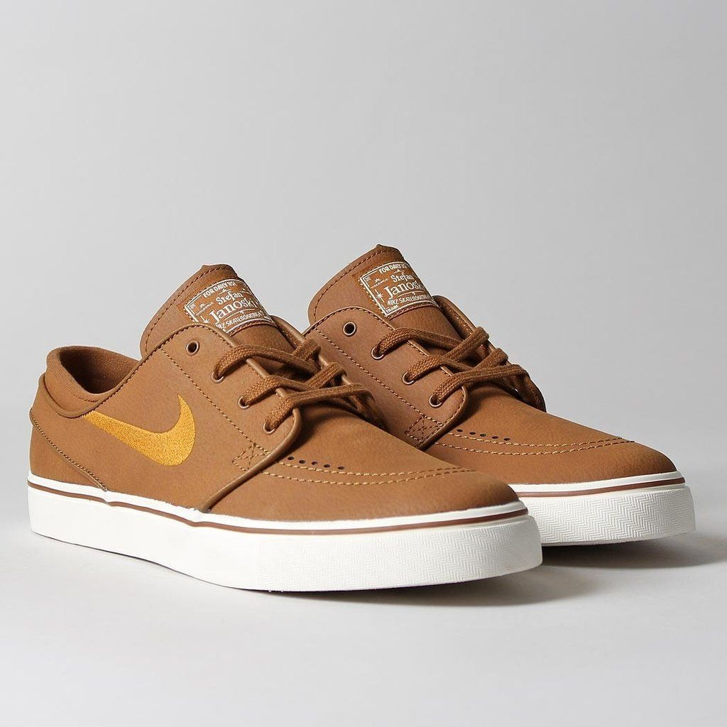 5a9f049d69d0 Nike SB Zoom Stefan Janoski Leather Shoes