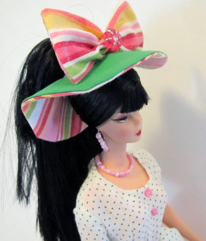 2ad73fedcaa PINK   GREEN OOAK Fashion for FR Silkstone vintage   repro vintage Barbie  DOLL