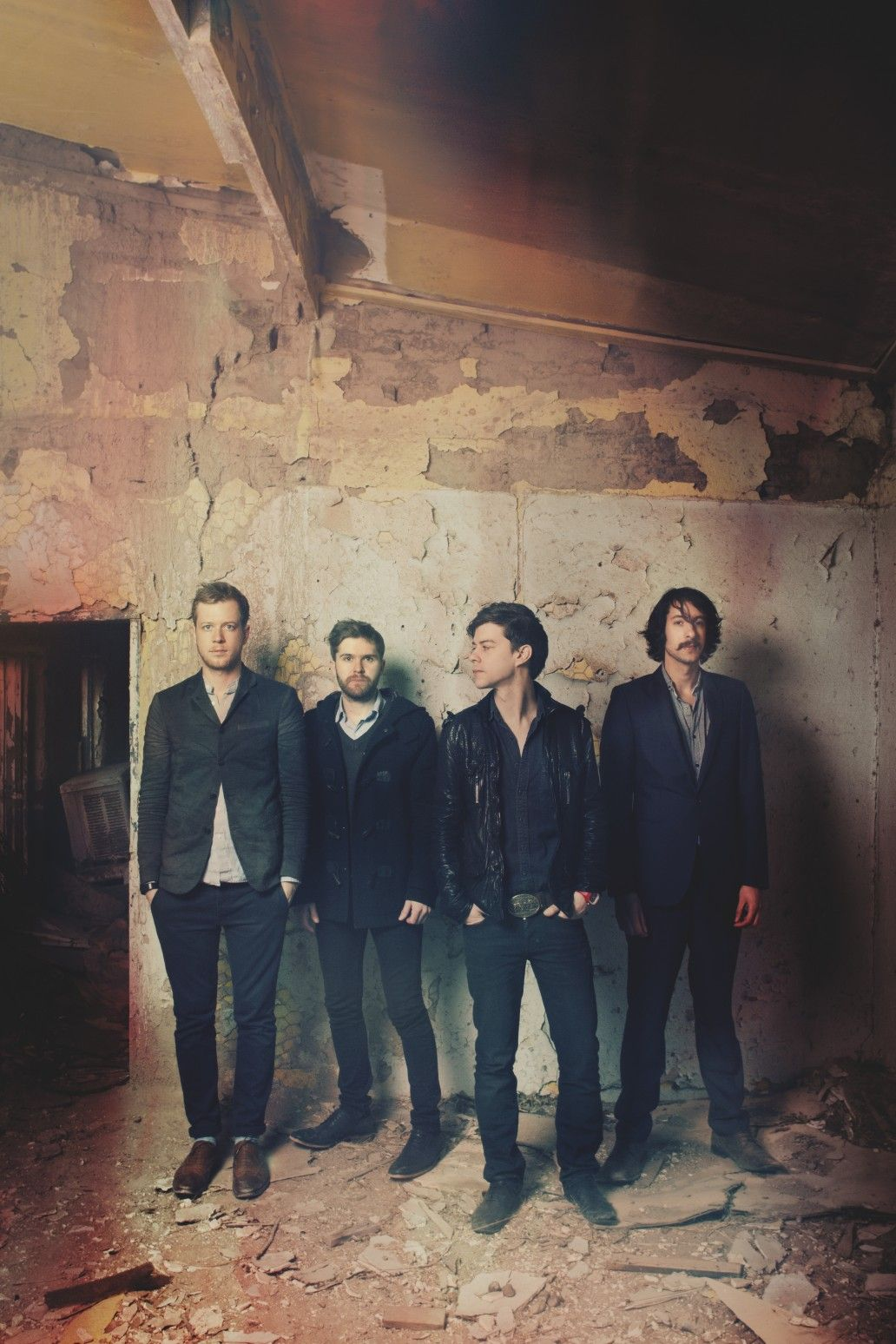 A Silent Film... im in love with this band!! Bands