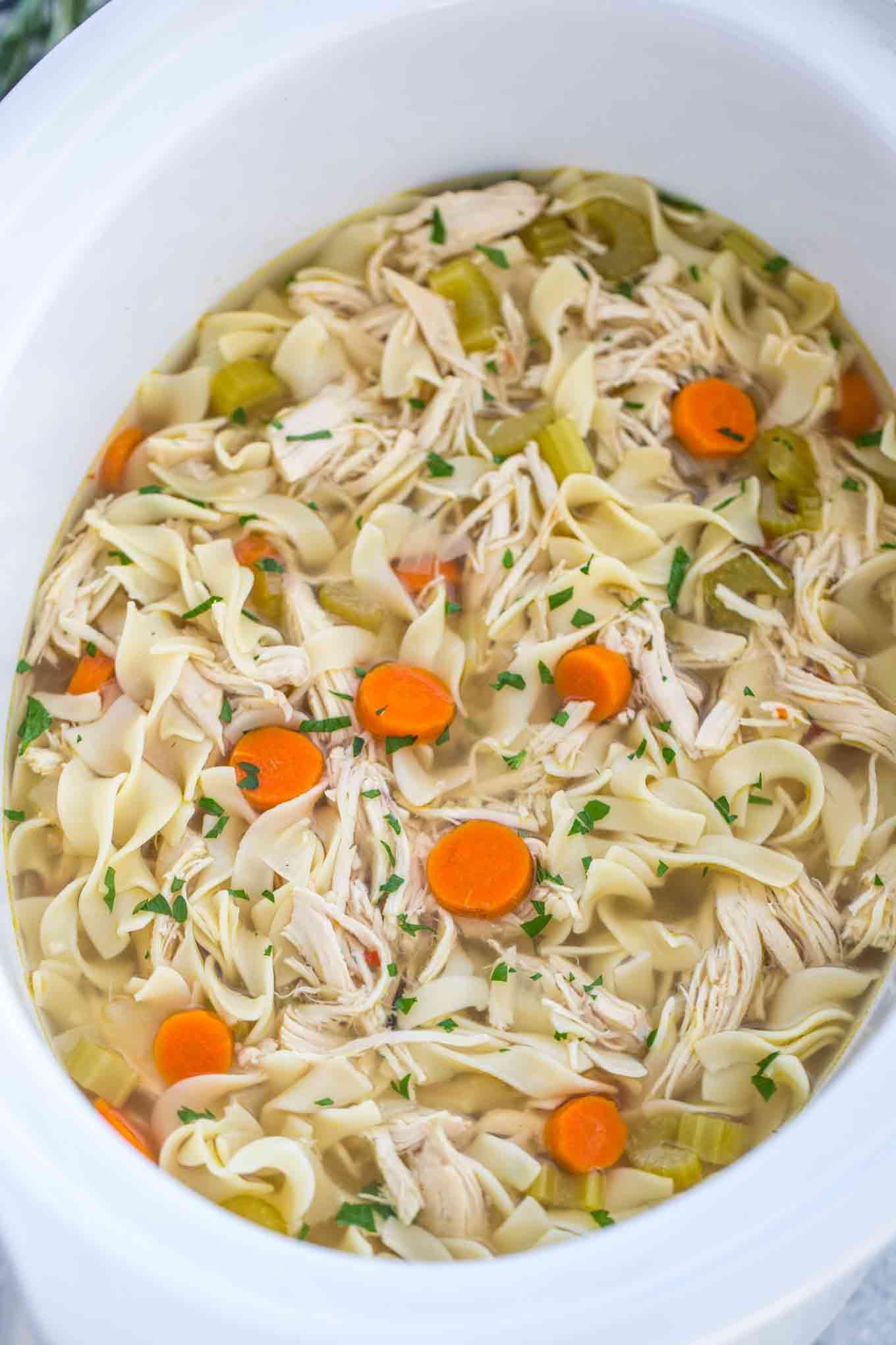 crockpot chicken noodle soup  recipe  healthy crockpot