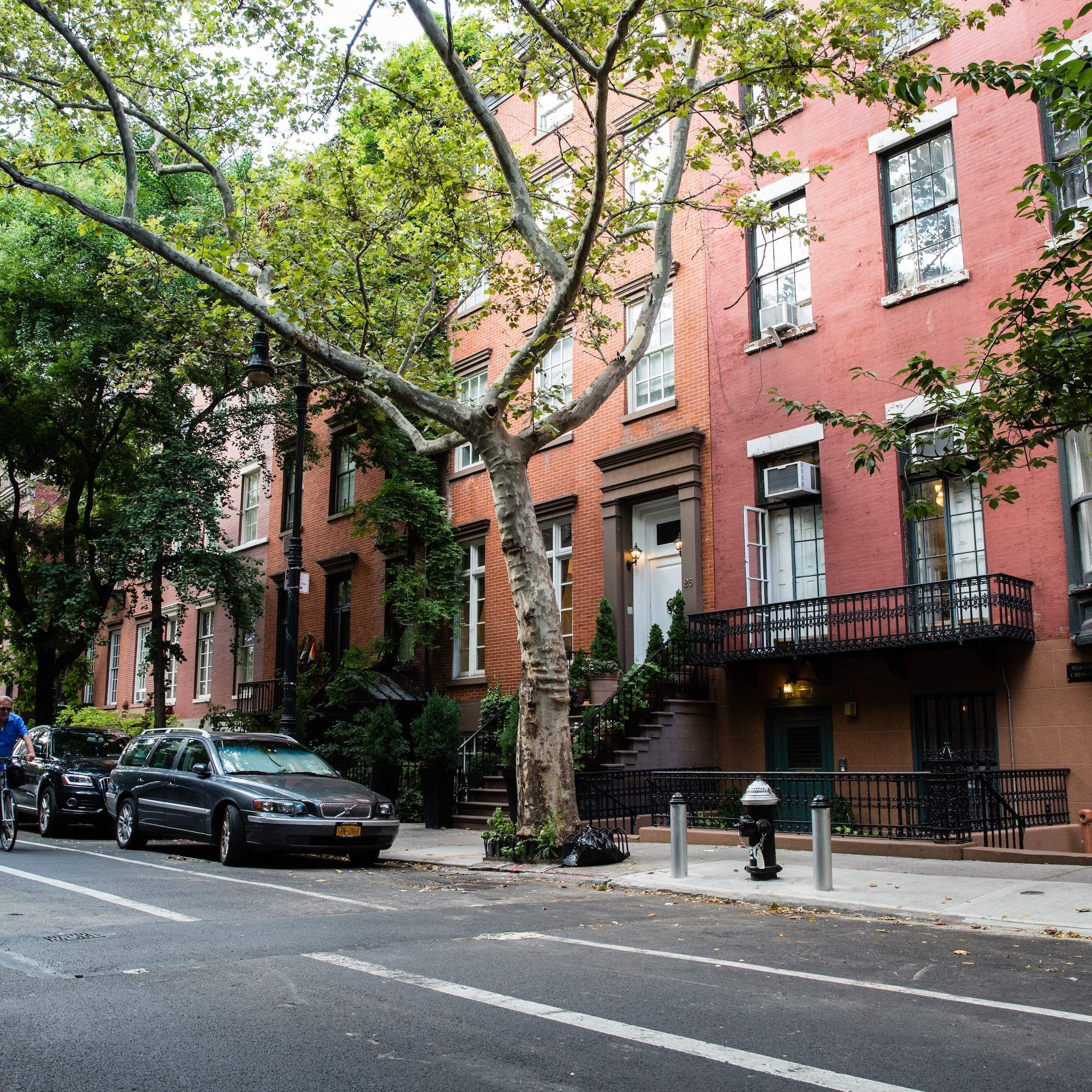 New York Apartments Outside: The Most Beautiful Streets In New York City
