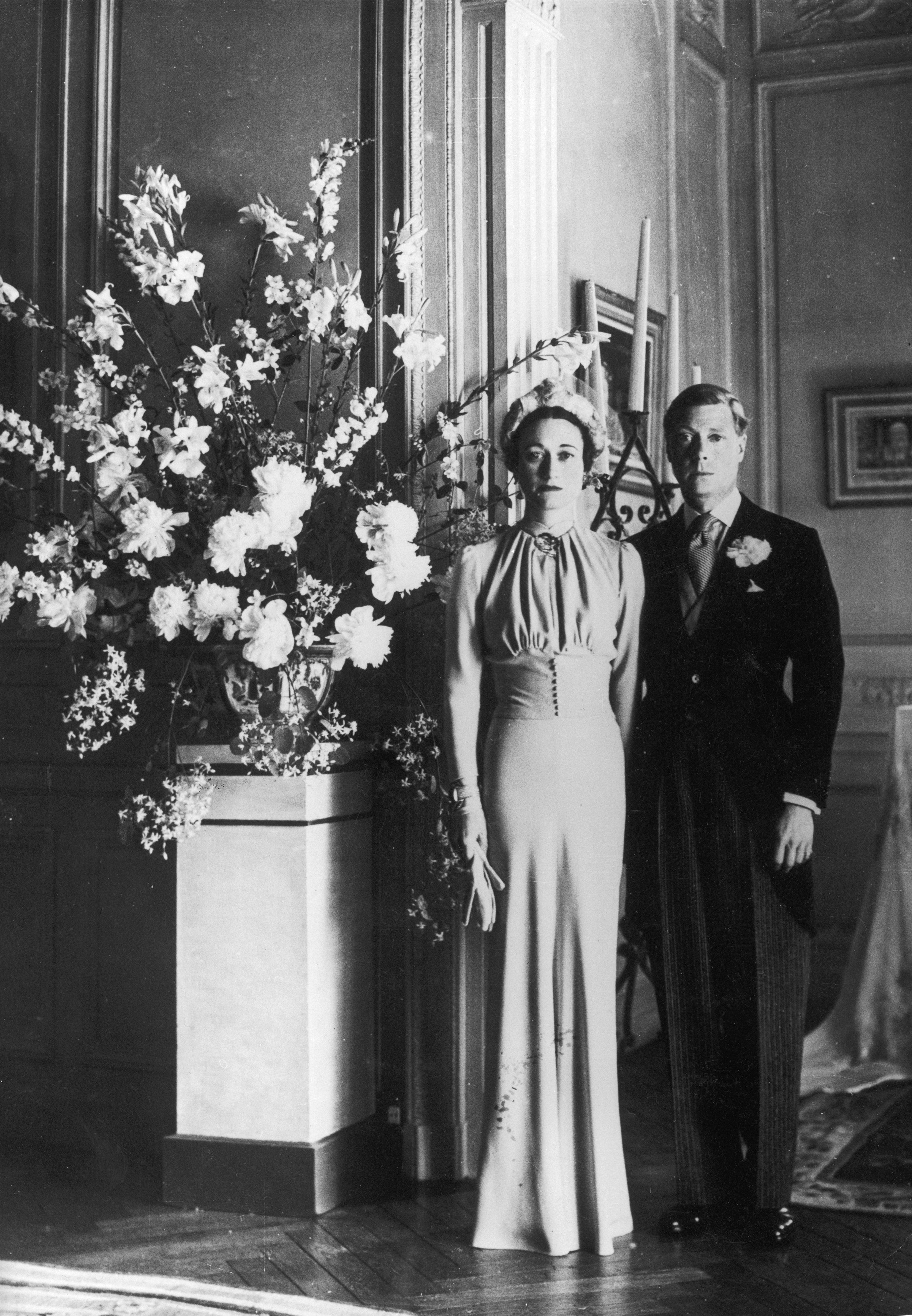 34 Royal Wedding Bouquets Throughout History Brides Royal