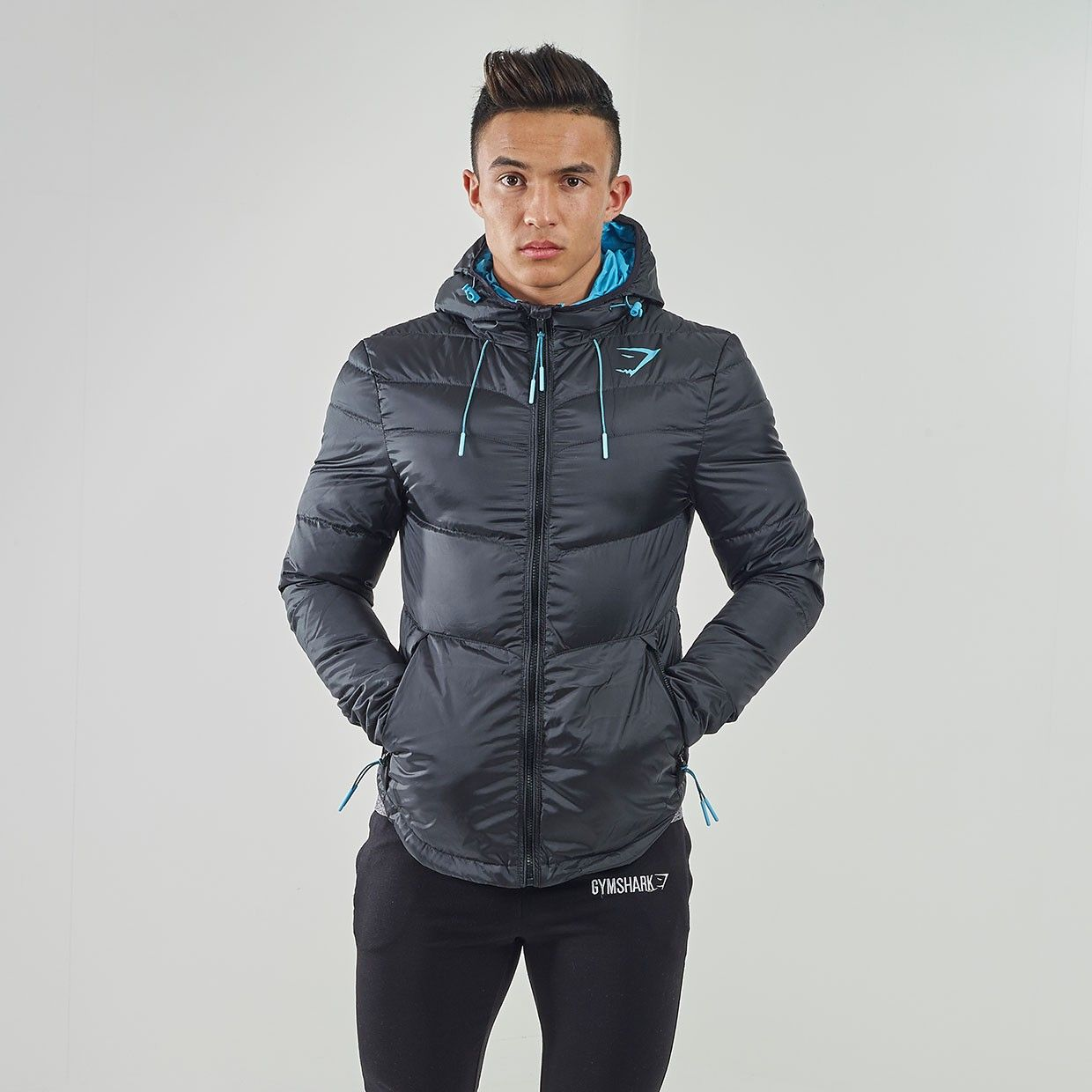 Fitted Sector Puffer Jacket - Black