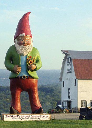 The world's largest garden gnome in Kerhonkson, NY. How did I never see this before?