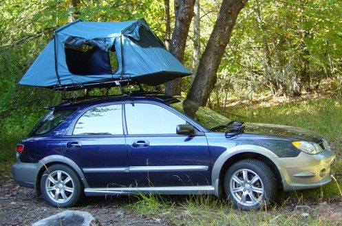 Tent on a car roof & Tent on a car roof | Camping | Pinterest | Tents Roof top tent ...