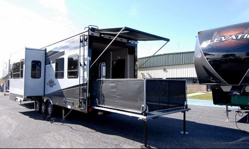 2013 Elevation Toy Hauler Tf 4012 Motorhomes For Sale Recreational Vehicles Used Rvs For Sale