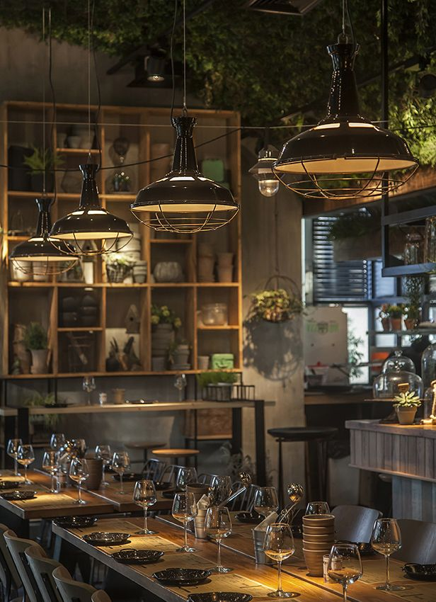 Segev kitchen garden restaurant orly avron alkabes for Garden studio interiors