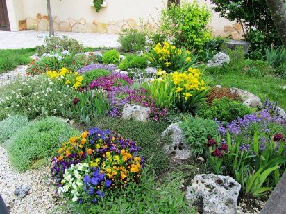 C mo hacer una rocalla cuidar de tus plantas es - Como cuidar las plantas de exterior ...