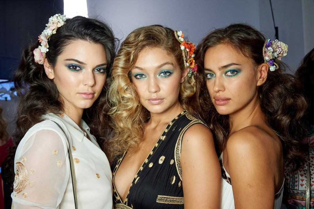 3 Crazy-Gorgeous Eyeshadow Colors ... https://t.co/4GnIxd5Li8 via @BeauticaCov #Beauty | https://t.co/Y4YOh2wZuN https://t.co/ALahlMAacW