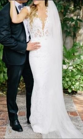 Used Berta Wedding Dress 4500 USD Buy It PreOwned Now And Save 52 Off