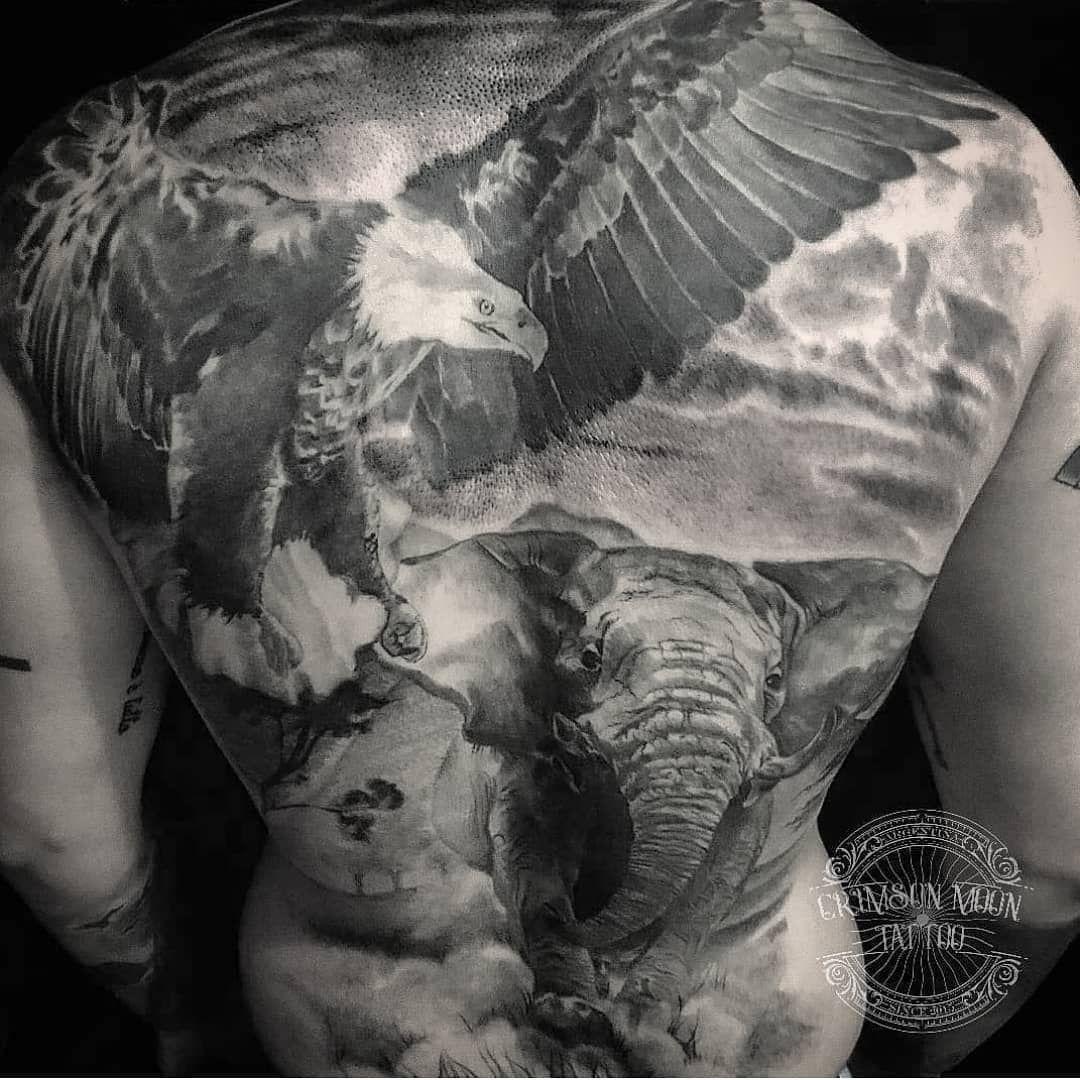 #tatuadoresargentinos #tatuadoresbuenosaires #tatuargen #tatuadores #tattooer #tattooja #tatuaje #tatuajes #tattooink #tattooing #tatuagem #tattoo #ink #inked #blacktattoo #blackwork #blackandgrey #blackandgreytattoo #realismtattoo #realismotattoo #eagletattoo #elephantattoo #argentina #buenosaires #baires #zonasur #banfield