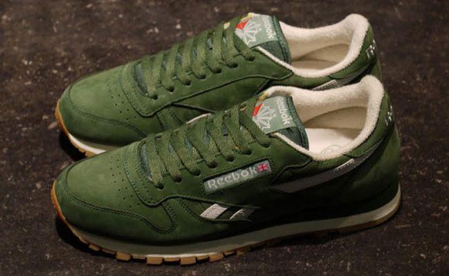 detailed look b71ea 7ef9e reebok classic retro leather green christmas