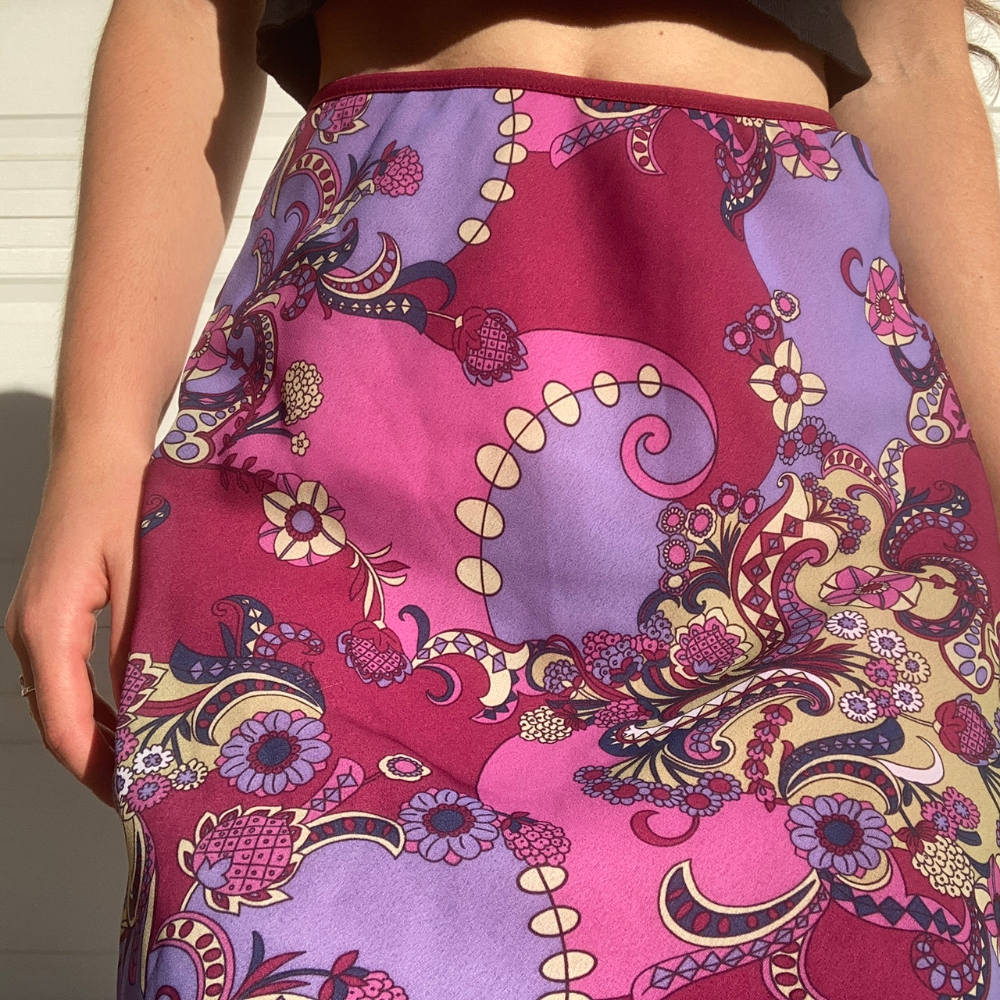 Psychedelic Vintage 90s Y2k Paisley Midi Skirt Depop In 2020 Indie Fashion Fashion Inspo Midi Skirt Outfit
