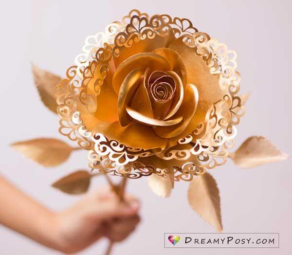 DIY Rose paper flowers #paperflowertutorial
